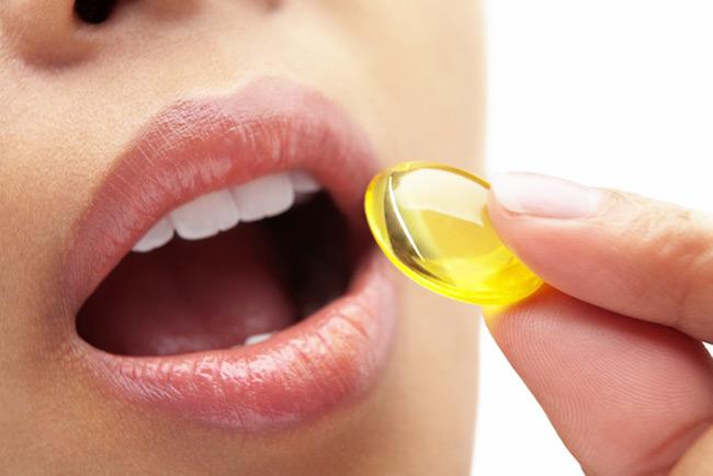 مکمل های دارویی ( مولتی ویتامین مینرال ، کلسیم دی ، قرص آهن و ب کمپلکس